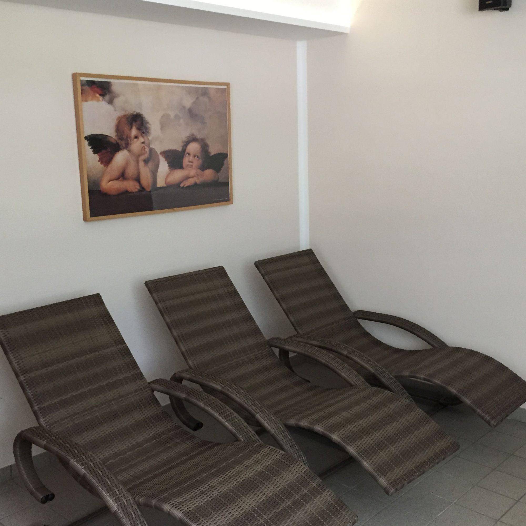 fitnesscenter shape sauna biosauna. Black Bedroom Furniture Sets. Home Design Ideas